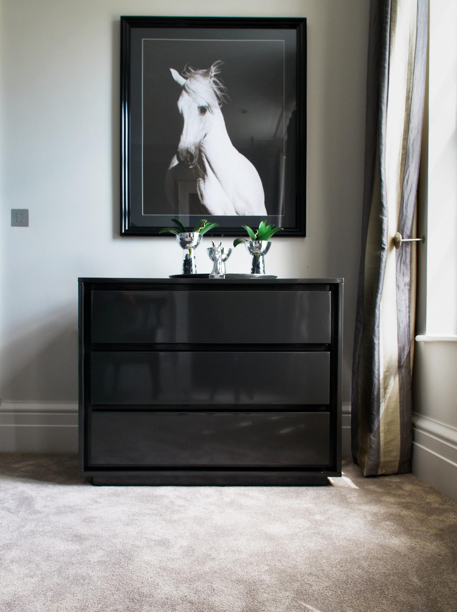 Sylka luxury carpet in grey