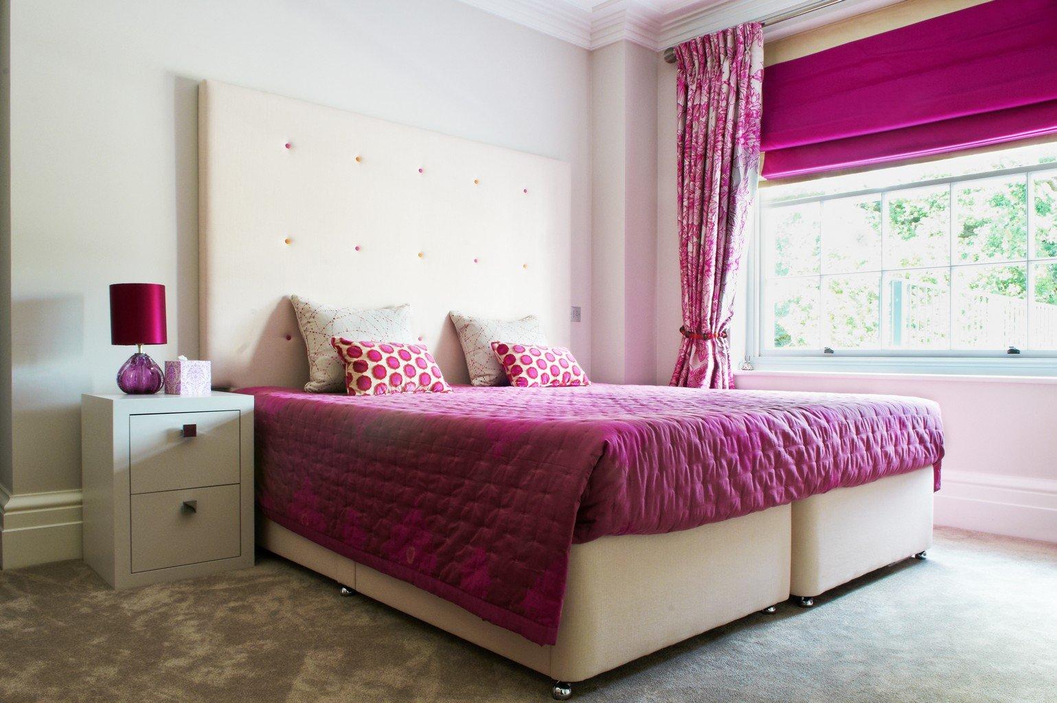 grey luxury carpet in magenta bedroom