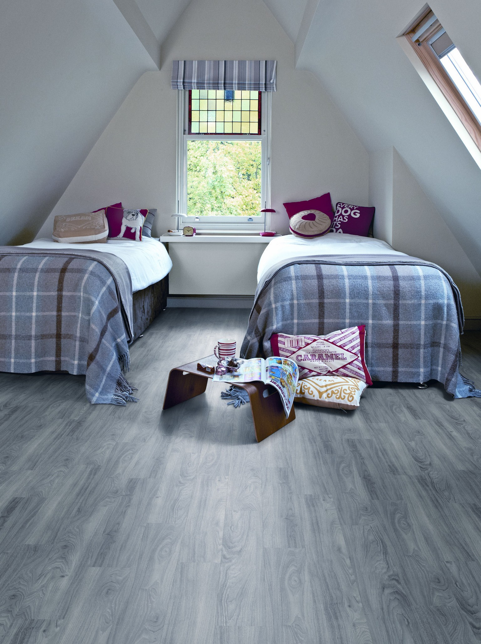 amtico flooring luxury vinyl in twin bedroom